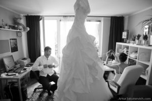 preparation of the bride and groom