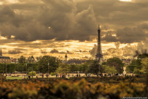 beautiful photo of Tour Eiffel in Paris