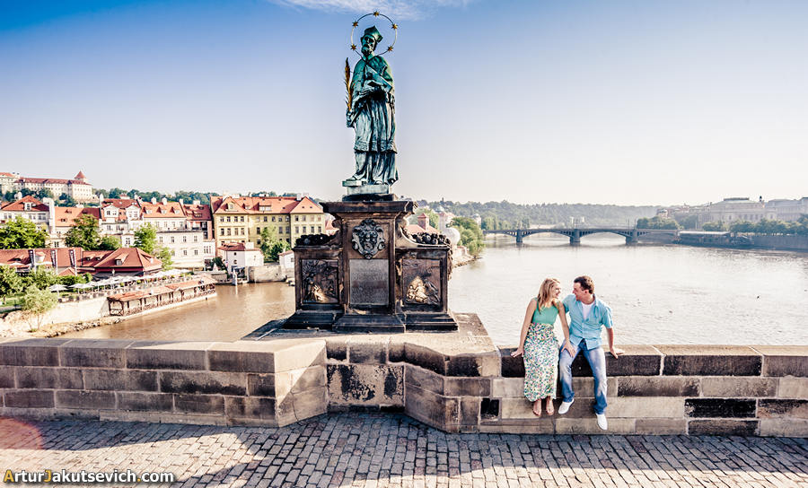 Charles bridge photos by Artur Jakutsevich
