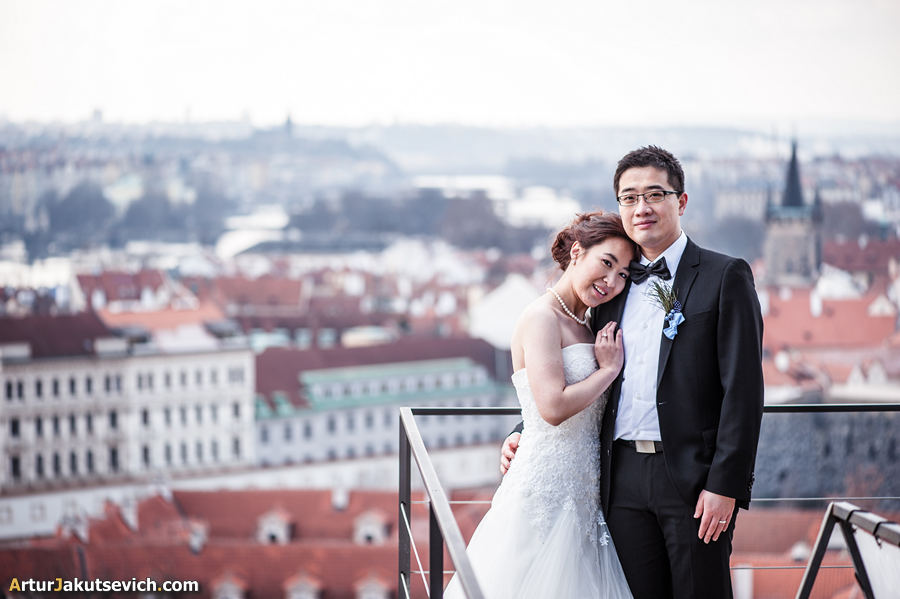 Pre-wedding-photographer-in-Prague-15