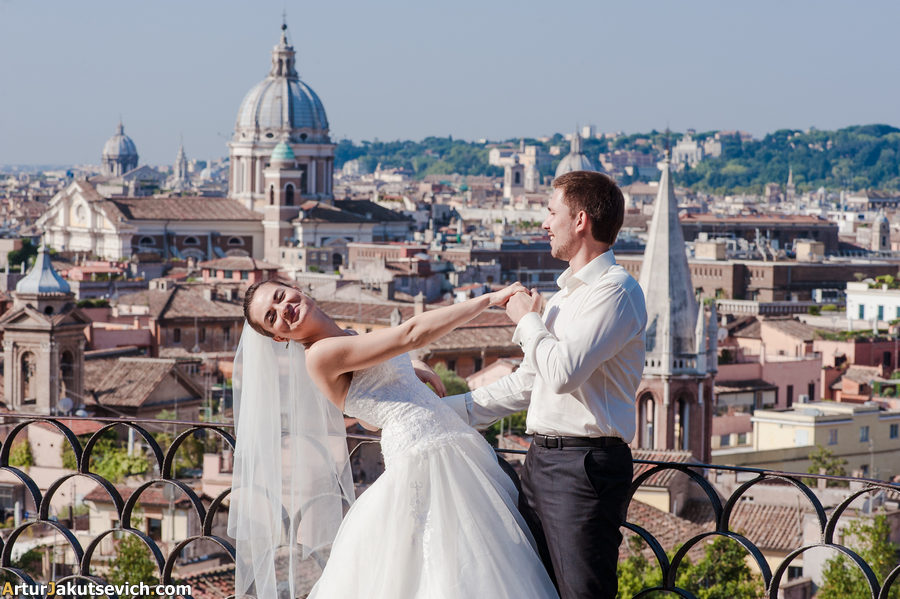 Honeymoon photographer in Italy