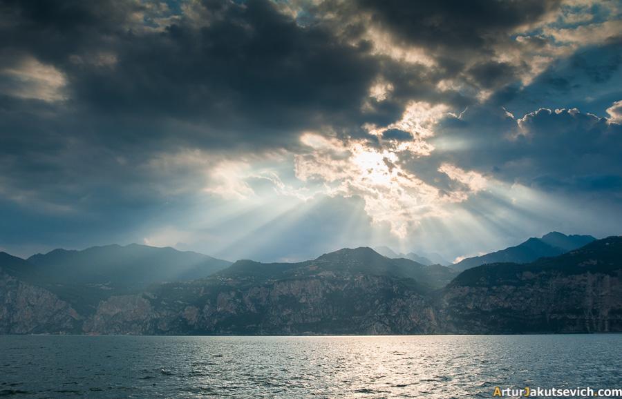 Garda Lake Italy photo