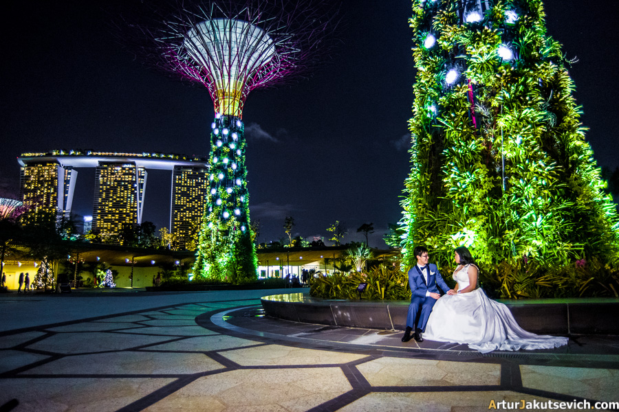 Garden By The Bay Eateries douglas and charmaines one of a kind wedding at flower field hall