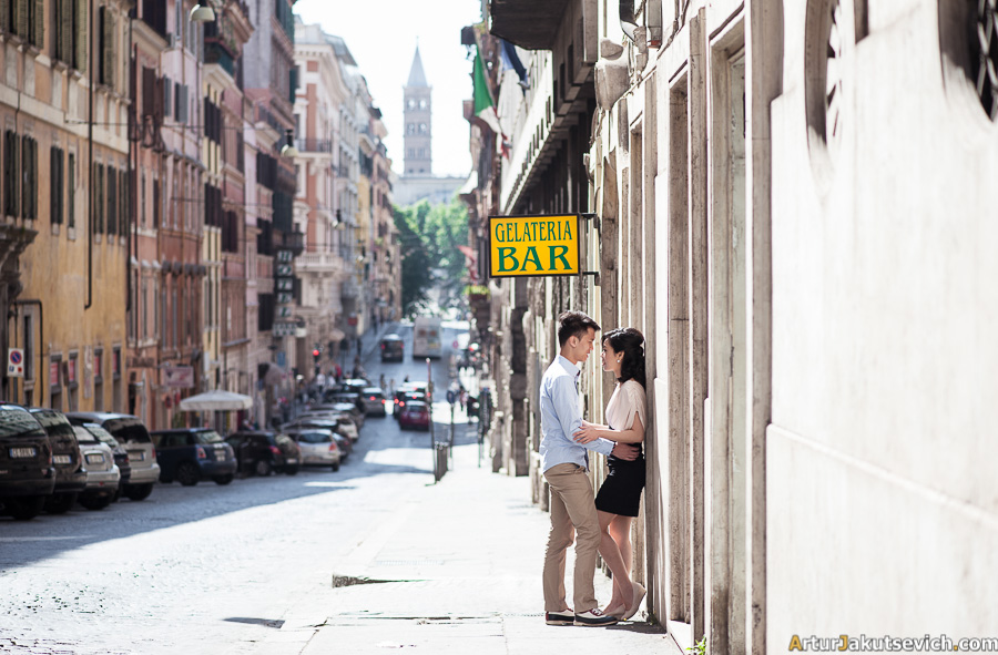 Where to take honeymoon photos in Rome