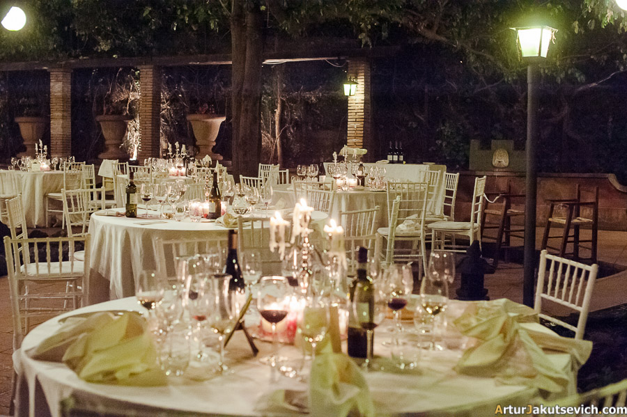 how to arrange tables for wedding with 150 guests