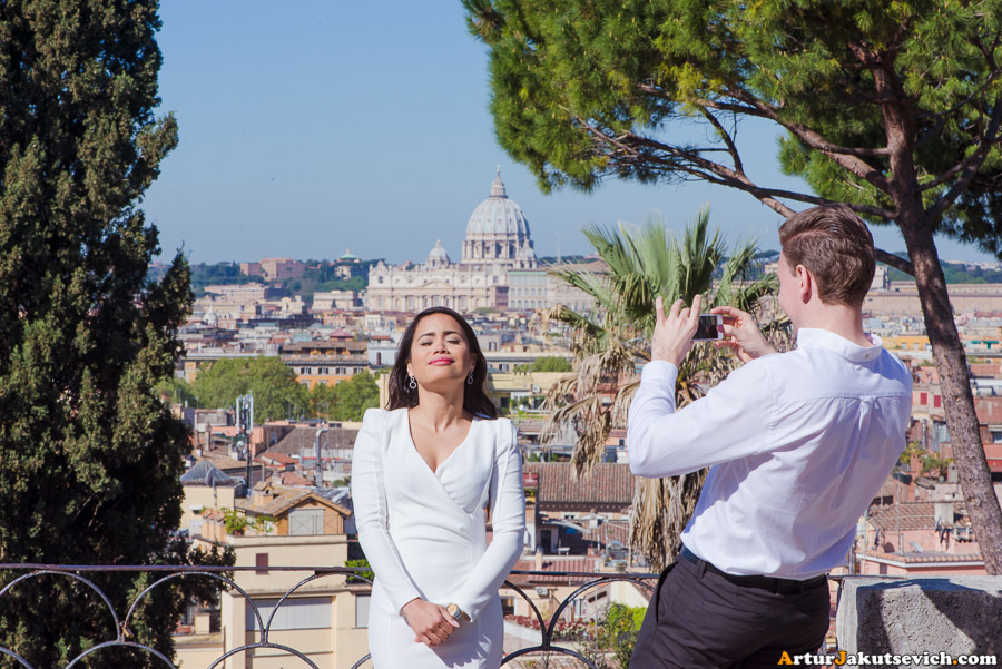 Pre-wedding photography in Italy in April