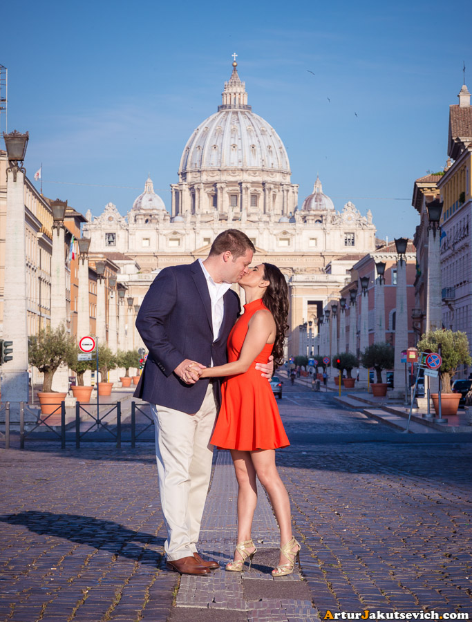 Honeymoon in Rome Photo with St Peter's basilica