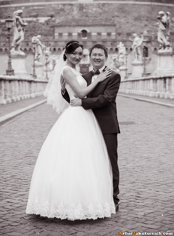 Honeymoon photography in Rome