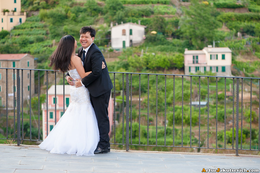 Pre-wedding photo shooting in Cinque Terra