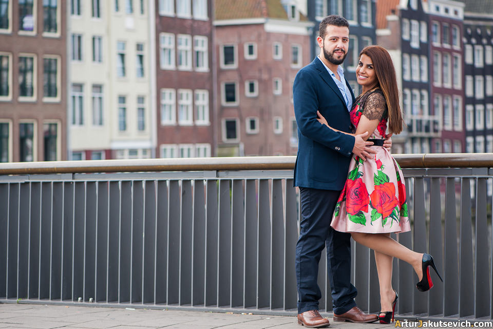 Ideas for engagement photo shooting in Amsterdam